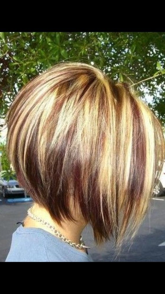25 Inverted Bob Haircuts For Flawless Fashionistas – Part 8 Within Shaggy Highlighted Blonde Bob Hairstyles (View 9 of 25)