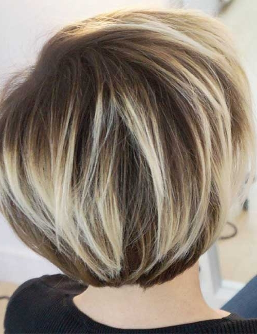 25 Trendy Balayage Looks For Short Hair Throughout Latest Balayage Pixie Hairstyles With Tiered Layers (View 19 of 25)