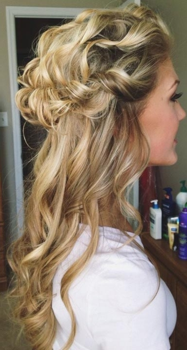 26 Stunning Half Up, Half Down Hairstyles | Stayglam Within Curled Up Messy Ponytail Hairstyles (View 7 of 25)