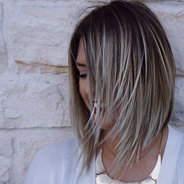 27 Pretty Lob Haircut Ideas You Should Copy In 2017 | Page 2 Of 3 For Ice Blonde Lob Hairstyles (View 5 of 25)