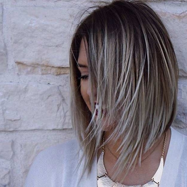27 Pretty Lob Haircut Ideas You Should Copy In 2017 | Stayglam Pertaining To Thin Platinum Highlights Blonde Hairstyles (View 6 of 25)