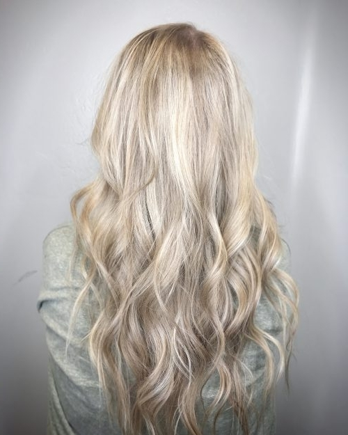 28 Blonde Hair With Lowlights So Hot You'll Want To Try'em All (New Inside Contrasting Highlights Blonde Hairstyles (View 15 of 25)