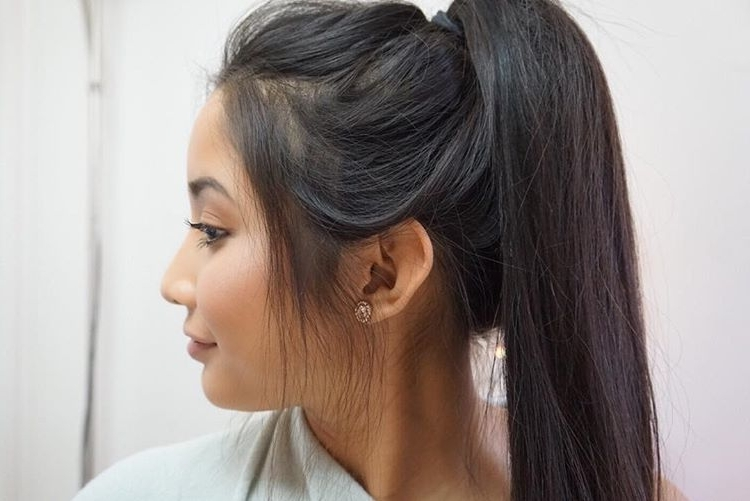 28 Messy Ponytails For Every Occasion 2018 | Hairstyle Guru Regarding High Messy Pony Hairstyles With Long Bangs (View 8 of 25)