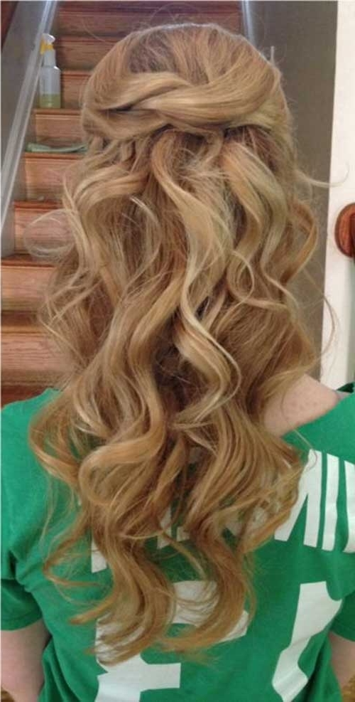 30 Best Half Up Curly Hairstyles | Hairstyles & Haircuts 2016 – 2017 For Beachy Half Ponytail Hairstyles (View 6 of 25)