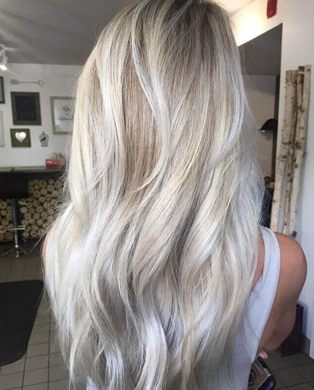 30 Blonde Medium Hairstyles Ideas For Women Regarding Dishwater Waves Blonde Hairstyles (View 24 of 25)