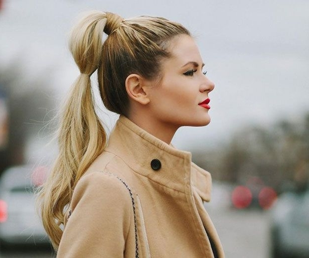 30 Cute Ponytail Hairstyles You Need To Try | Ponytail, High Inside High Bubble Ponytail Hairstyles (View 5 of 25)