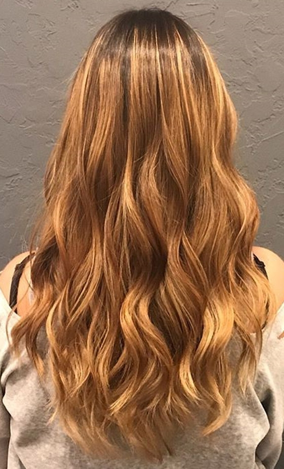 30 Honey Blonde Hair Color Ideas You Can't Help Falling In Love With In Golden Bronze Blonde Hairstyles (View 11 of 25)