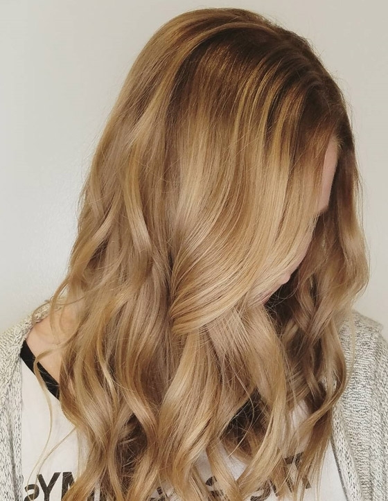 30 Honey Blonde Hair Color Ideas You Can't Help Falling In Love With Pertaining To Honey Blonde Hairstyles (View 12 of 25)