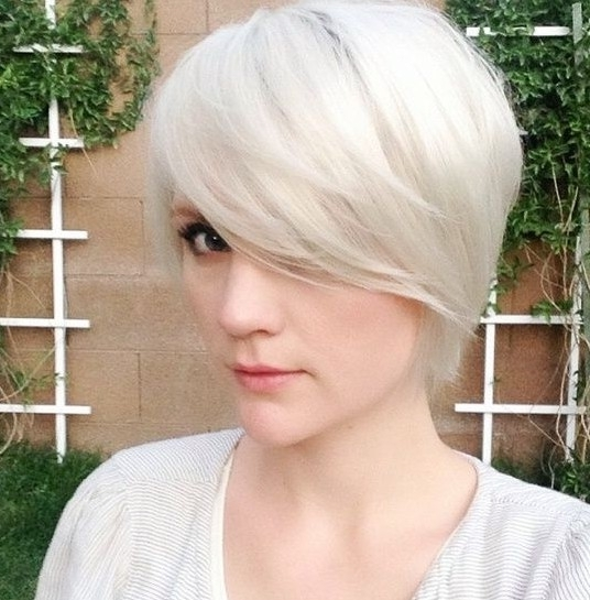30 Latest Short Hairstyles For Winter 2018 – Best Winter Haircut Ideas In Most Current Stacked Pixie Bob Hairstyles With Long Bangs (View 17 of 25)