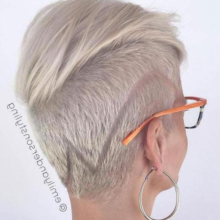 30 Platinum Blonde Hairstyle Ideas For 2018 Intended For Short Silver Crop Blonde Hairstyles (View 10 of 25)