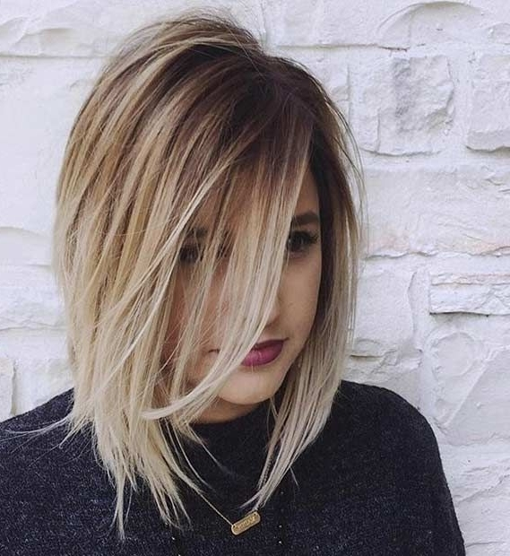 31 Lob Haircut Ideas For Trendy Women In 2018 | Hair <3 | Pinterest Pertaining To Blunt Cut White Gold Lob Blonde Hairstyles (View 5 of 25)