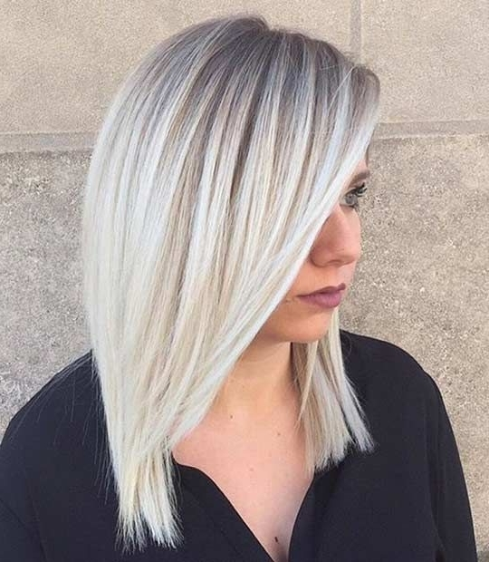 Featured Photo of Ice Blonde Lob Hairstyles