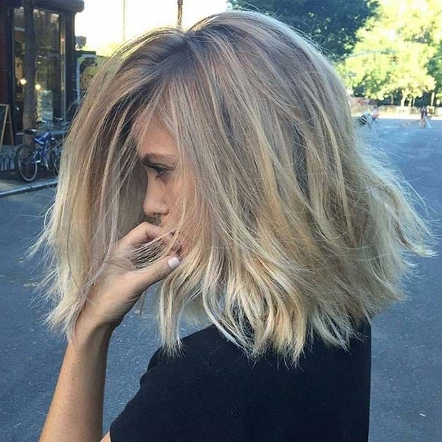 31 Lob Haircut Ideas For Trendy Women | Stayglam Hairstyles Intended For Sleek Blonde Hairstyles With Grown Out Roots (View 14 of 25)