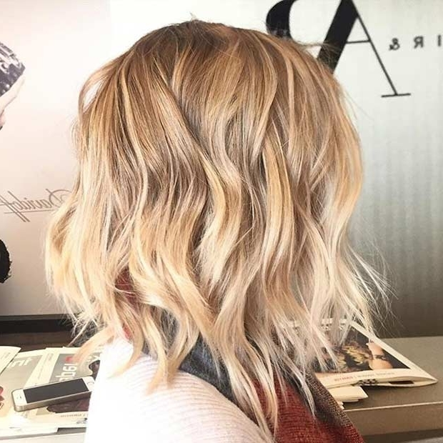 31 Lob Haircut Ideas For Trendy Women | Stayglam In Volumized Caramel Blonde Lob Hairstyles (View 15 of 25)