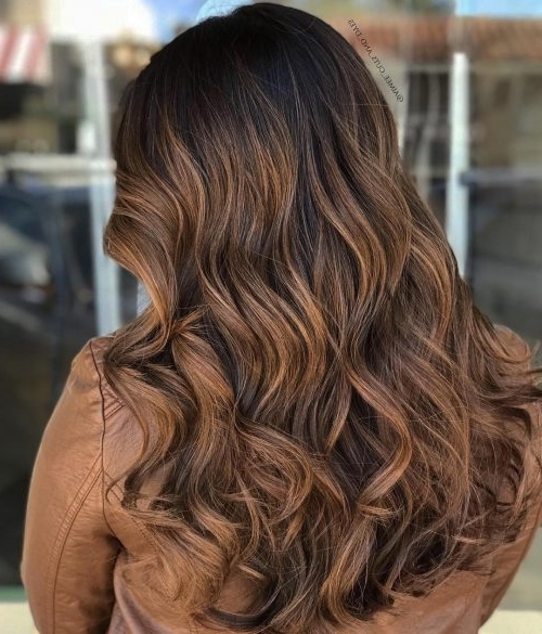 31 Most Delectable Caramel Highlights You'll See In 2018 Intended For Dark Locks Blonde Hairstyles With Caramel Highlights (View 5 of 25)