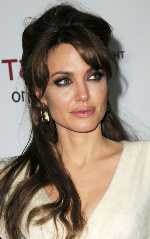 33 Angelina Jolie Hairstyles Angelina Jolie Hair Pictures – Pretty For Half Pony Hairstyles With Parted Bangs (View 13 of 25)