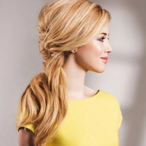 35 Cute And Messy Ponytails – Page 28 Of 35 – Fallbrook247 Intended For Fancy Side Ponytail Hairstyles (View 19 of 25)