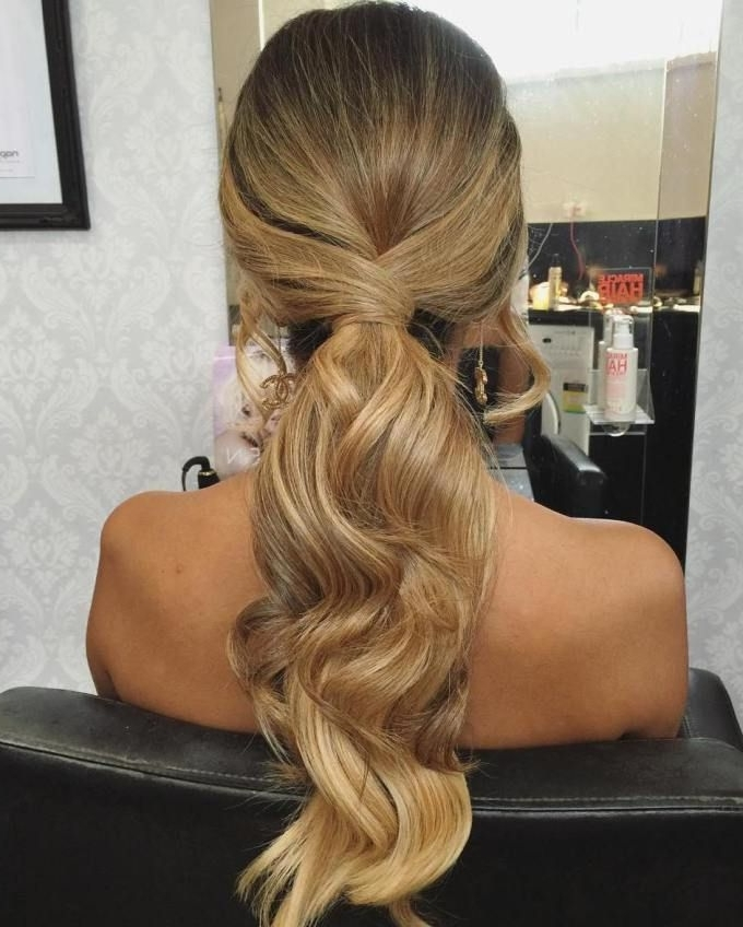 35 Fetching Hairstyles For Straight Hair To Sport This Season In Embellished Drawstring Ponytail Hairstyles (View 7 of 25)