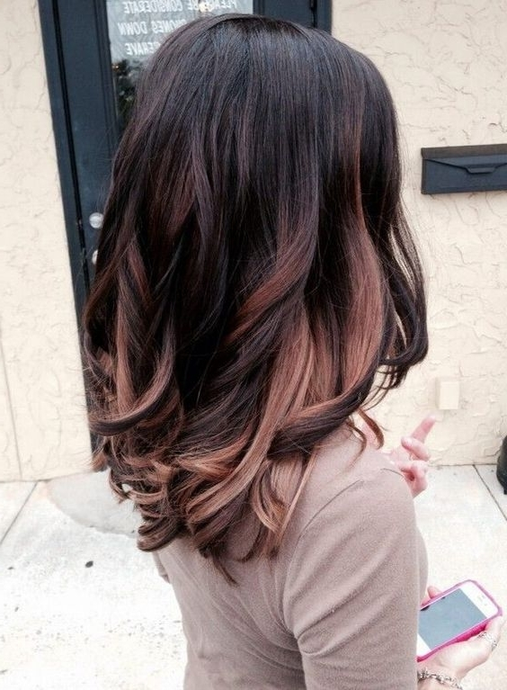 35 Gorgeous Highlights For Brightening Up Dark Brown Hair Pertaining To Dark Locks Blonde Hairstyles With Caramel Highlights (View 6 of 25)