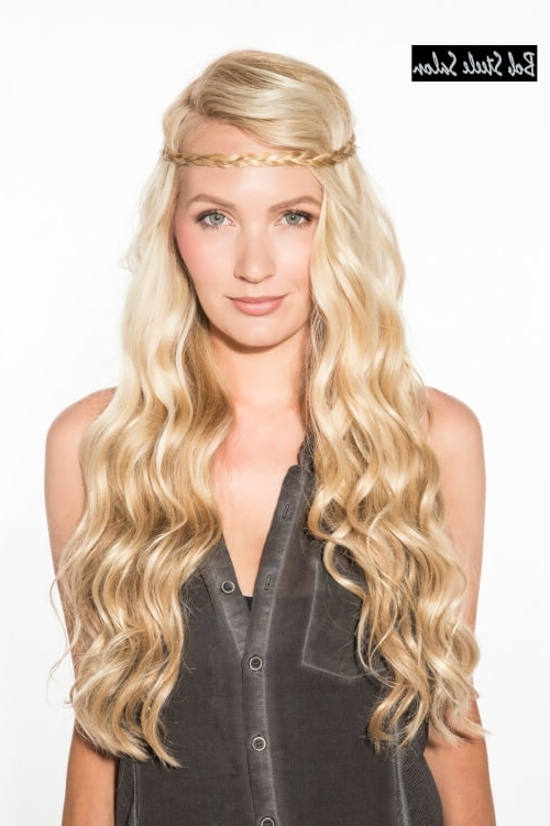 38 Ridiculously Cute Hairstyles For Long Hair (Popular In 2018) Pertaining To Loosely Coiled Tortoiseshell Blonde Hairstyles (View 20 of 25)