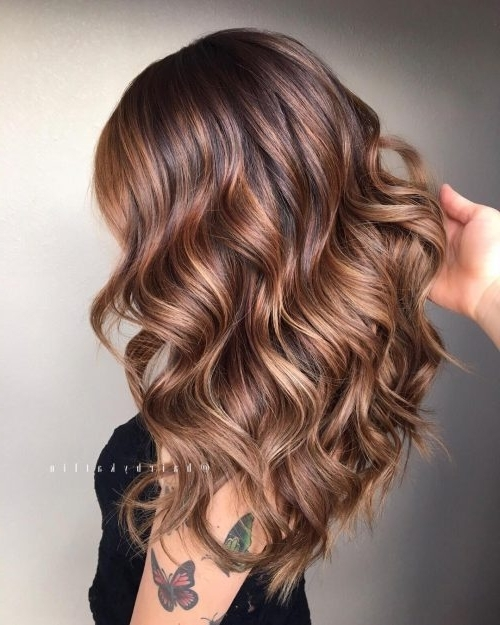 38 Top Blonde Highlights Of 2018 – Platinum, Ash, Dirty, Honey & Dark Within Blonde And Brunette Hairstyles (View 14 of 25)