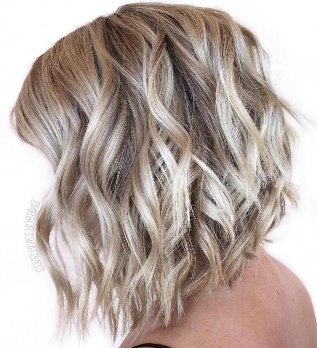 40 Banging Blonde Bob And Blonde Lob Hairstyles | Blonde Lob, Lob Intended For Curly Angled Blonde Bob Hairstyles (View 16 of 25)