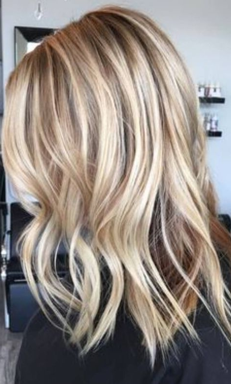 40 Best Blond Hairstyles That Will Make You Look Young Again In Chamomile Blonde Lob Hairstyles (View 25 of 25)
