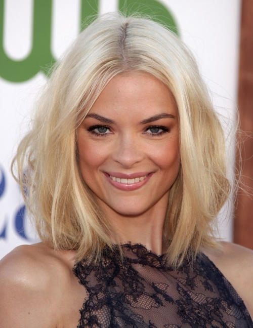 40 Best Long Bob Hairstyles | Hairstyles Update Regarding Blonde Lob Hairstyles With Middle Parting (View 8 of 25)