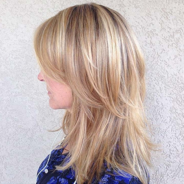 40 Best Medium Hairstyles And Haircuts Of 2018 Pertaining To Textured Medium Length Look Blonde Hairstyles (View 9 of 25)