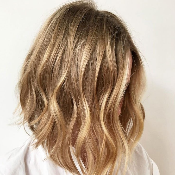 40 Best Medium Hairstyles And Haircuts Of 2018 Throughout Voluminous And Carefree Loose Look Blonde Hairstyles (View 20 of 25)
