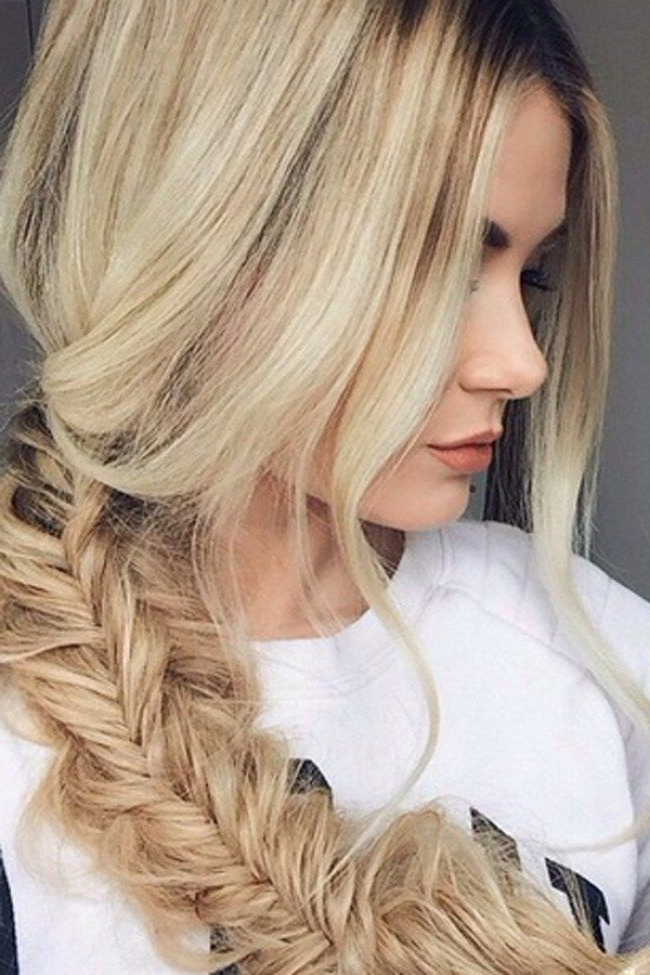 40 Blonde Hairstyle Inspirations From Our Favourite Celebrities Intended For Layered Bright And Beautiful Locks Blonde Hairstyles (View 12 of 25)