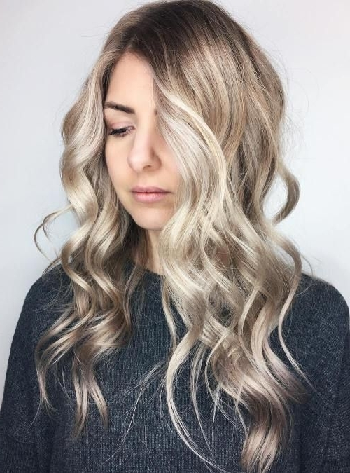 Featured Photo of Dishwater Blonde Hairstyles With Face Frame