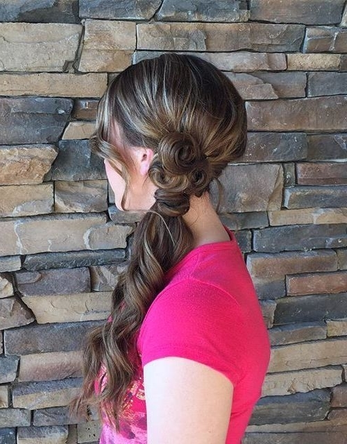 40 Diverse Homecoming Hairstyles For Short, Medium And Long Hair With Fancy Side Ponytail Hairstyles (View 5 of 25)