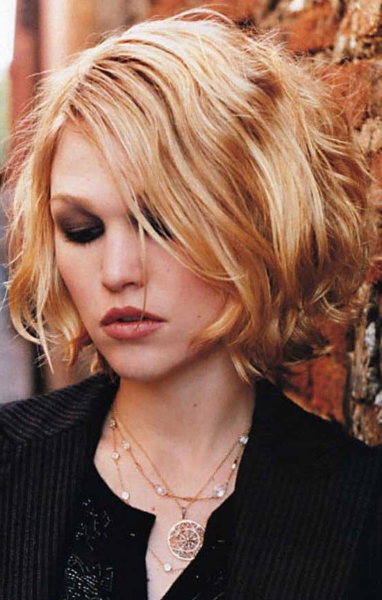 40 Gorgeous Wavy Bob Hairstyles To Inspire You – Beauty Epic With Curly Angled Blonde Bob Hairstyles (View 15 of 25)