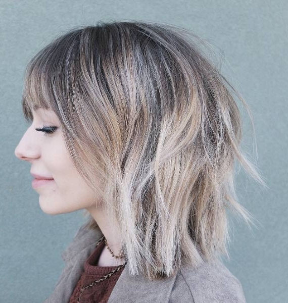 40 Messy Bob Hairstyles That Women Just Can't Say No To – Style Skinner Inside White Blunt Blonde Bob Hairstyles (View 23 of 25)