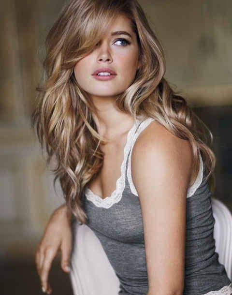 40 Side Swept Bangs Hairstyles | Herinterest/ In Creamy Blonde Waves With Bangs (View 9 of 25)