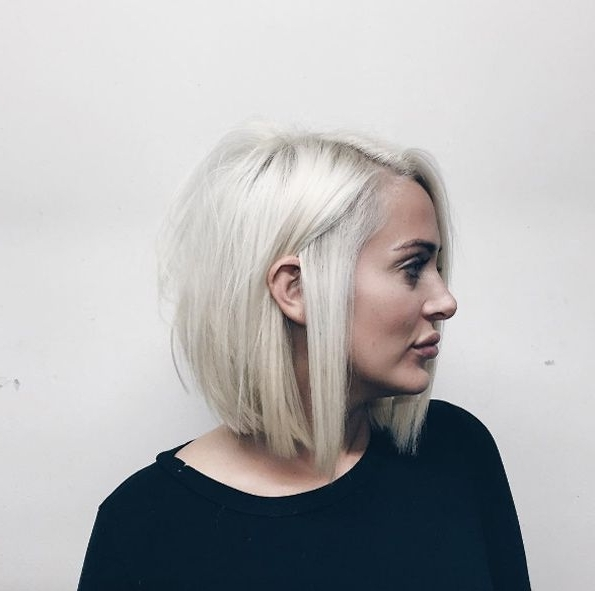 40 Super Chic Blunt Bob Hairstyles | Hair/beauty | Pinterest Regarding Blunt Cut White Gold Lob Blonde Hairstyles (View 14 of 25)