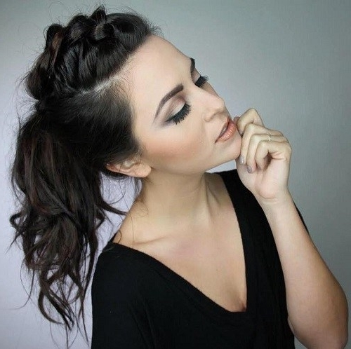 40 Super Simple Messy Ponytail Hairstyles – Page 11 – Foliver Blog Intended For Mohawk Braid Into Pony Hairstyles (View 19 of 25)