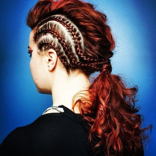 40 Super Simple Messy Ponytail Hairstyles – Page 32 – Foliver Blog Inside Braided Mohawk Pony Hairstyles With Tight Cornrows (View 6 of 25)