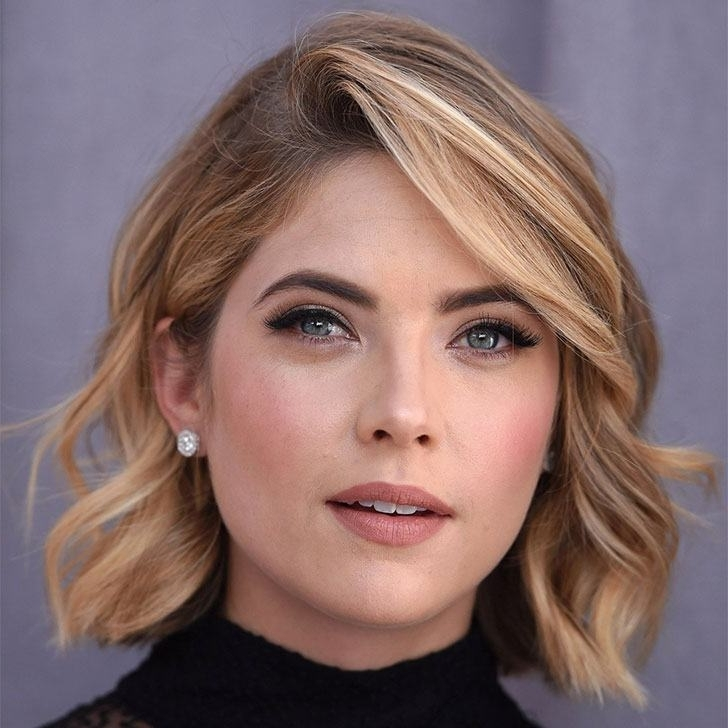 40 Wavy Bob Hairstyles That Look Gorgeous And Stunning With Wavy Blonde Bob Hairstyles (View 5 of 25)