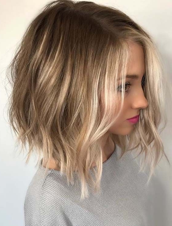 43 Adorable Side Parted Balayage Lob Hairstyles For 2018 | Short With Best And Newest Side Parted Blonde Balayage Pixie Hairstyles (View 2 of 25)
