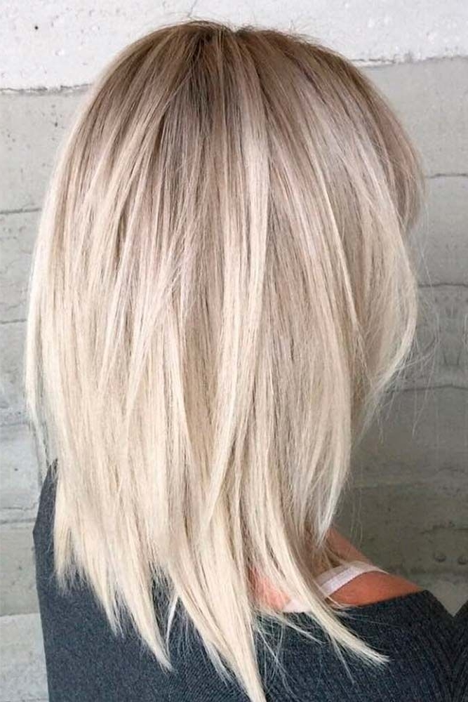 43 Superb Medium Length Hairstyles For An Amazing Look | Hairstyles Pertaining To Choppy Cut Blonde Hairstyles With Bright Frame (View 4 of 25)