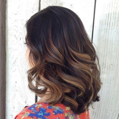 45 Balayage Hairstyles 2018 – Balayage Hair Color Ideas With Blonde Pertaining To Wavy Caramel Blonde Lob Hairstyles (View 14 of 25)
