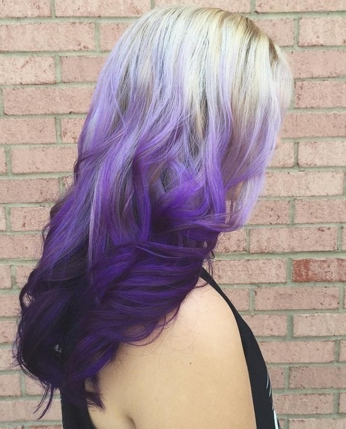 5 Trendiest Reverse Ombre Hair Colors – Hairstylecamp Intended For Current Reverse Gray Ombre Pixie Hairstyles For Short Hair (View 25 of 25)