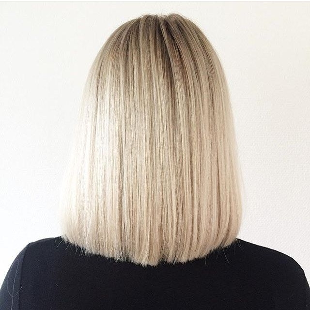50 Amazing Blunt Bob Hairstyles 2018 – Hottest Mob & Lob Hair Ideas Throughout Sleek White Blonde Lob Hairstyles (View 8 of 25)