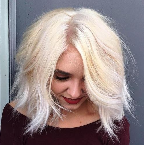 50 Amazing Daily Bob Hairstyles For 2019 – Short, Mob, Lob For In Blunt Cut White Gold Lob Blonde Hairstyles (View 16 of 25)