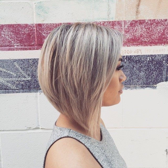 50 Best Inverted Bob Hairstyles 2018 – Inverted Bob Haircuts Ideas Regarding Subtle Dirty Blonde Angled Bob Hairstyles (View 7 of 25)