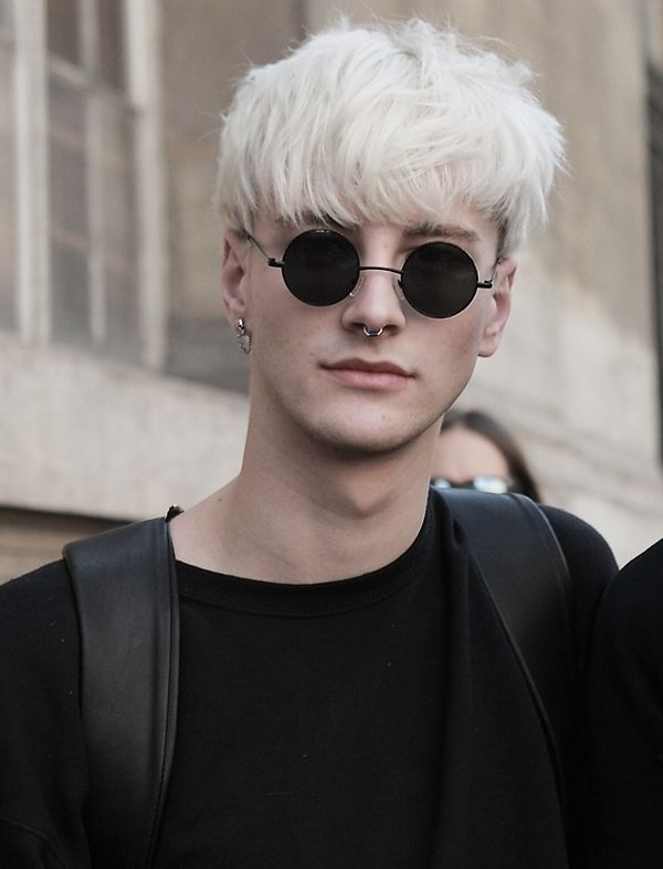 50 Bleached Men's Hairstyles That Will Ensure Your Summer Lasts Forever Within White Blonde Hairstyles With Dark Undercut (View 14 of 25)