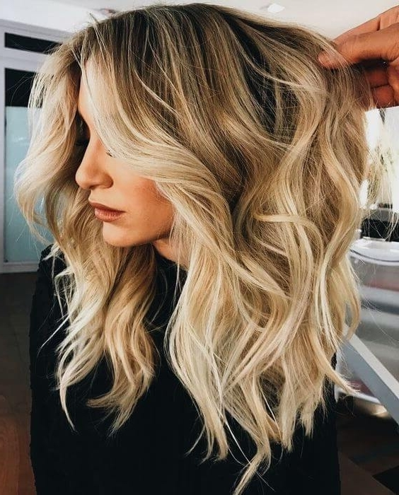 50 Bombshell Blonde Balayage Hairstyles That Are Cute And Easy For 2018 For Golden Blonde Balayage Hairstyles (View 5 of 25)