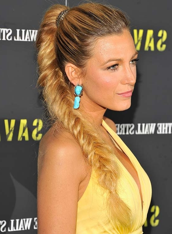 50 Braided Hairstyles That Are Perfect For Prom With Wavy Side Fishtail Hairstyles (View 23 of 25)